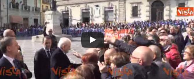 Un selfie con Mattarella: a farlo è un bambino di Sulmona (video)