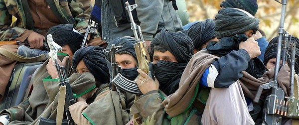 Afghanistan perduto: le forze Usa e Nato arretrano dinanzi ai talebani