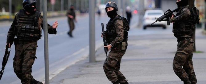 Turchia, ancora arresti di massa: fermate 1628 persone in tutto il Paese