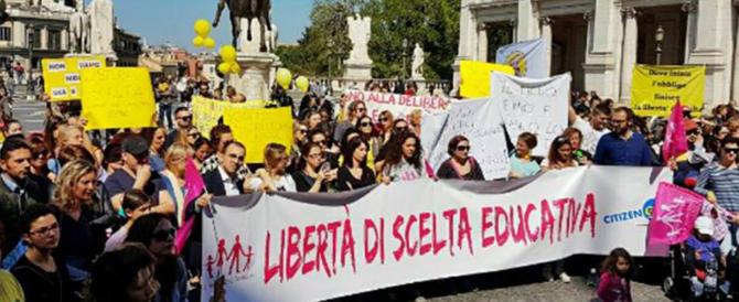 """Asili nido, protesta contro la Raggi. Fratelli d'Italia: """"Delibera scellerata"""""""