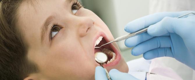 Sull'Isola tiberina dentista gratis per i bambini dei quartieri poveri