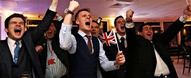 La Ue non sopporta l'umiliazione della Brexit e lancia l'ultimatum