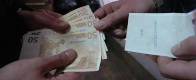 La banda dei falsari: un milione e mezzo di euro nel campo Rom