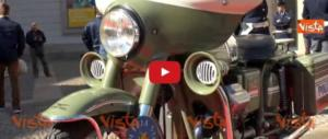 I 70 anni della polizia: dall'Alfetta alla Lamborghini, tra mito e storia (video)
