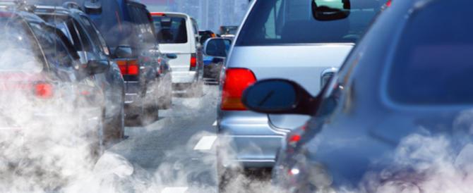 """Smog, 21 le città italiane """"fuori legge"""": Torino è la più inquinata"""