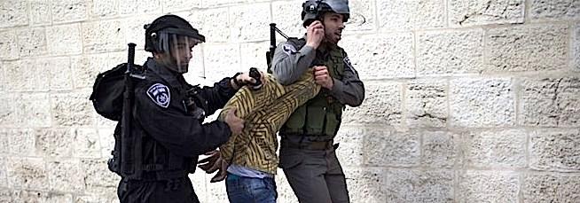 Nuovo attacco terrorista in Israele: palestinese accoltella passanti, ucciso