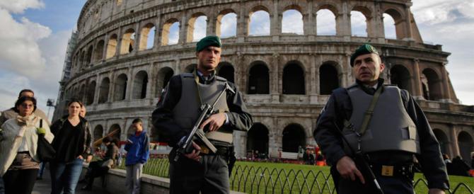 Terrorismo, dopo Parigi è massima allerta anche a Roma: specie sulle strade