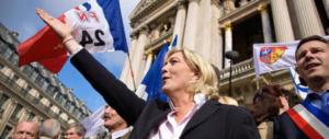 """Marine Le Pen ha già vinto sui social: è record di """"like"""" sulla sua pagina Fb"""