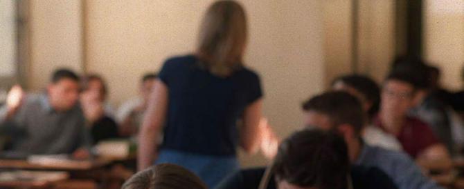 Molestava le sue alunne di 13 e 14 anni: arrestato insegnante di musica