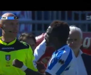 """""""Buuu razzisti"""": Muntari perde la testa e lascia il campo (video)"""