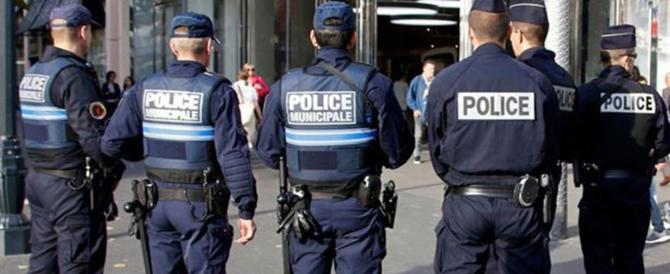 Francia, auto scagliata contro militari: arrestato il sospetto attentatore
