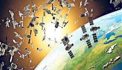 L'Esa lancia l'allarme rifiuti spaziali: a rischio collisione detriti orbitali e satelliti