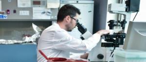 Da Napoli parte la sperimentazione del primo vaccino contro il tumore