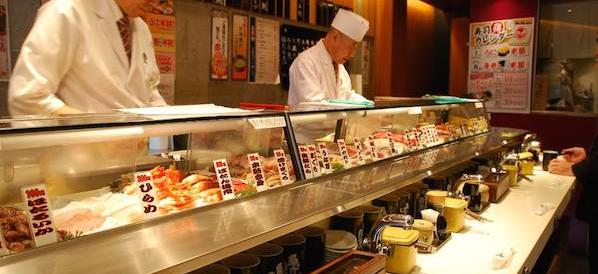 """Donna morta dopo il pranzo al """"giapponese"""". Il ristorante: """"Non è stato il sushi"""""""