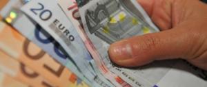 Metà della busta paga se ne va in tasse: Italia al top della follia tributaria