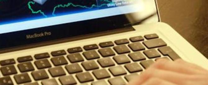 """Altre trappole sul web: due le mail pericolose create per """"rubare"""" denaro"""