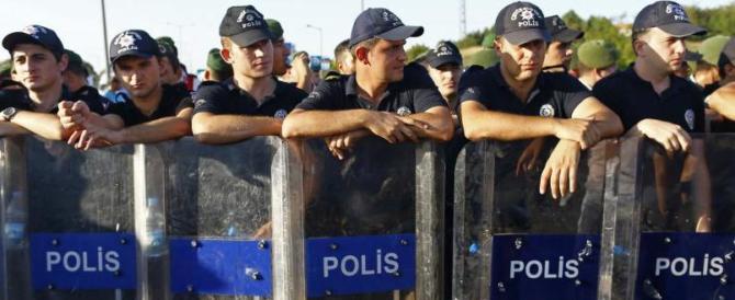 Turchia, ora 30 giornalisti di opposizione rischiano l'ergastolo