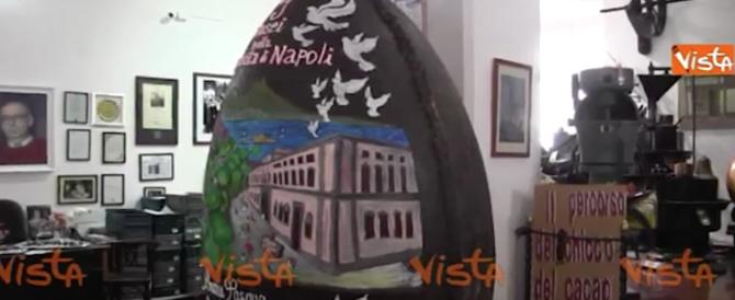 A Napoli l'uovo di Pasqua dei record: 300 chili di cioccolato (video)