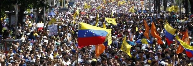 Risultati immagini per PROTESTE VENEZUELA