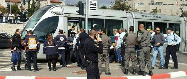 Gerusalemme, studentessa inglese accoltellata sul tram da un palestinese