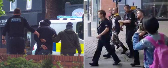 Manchester, due arresti, fatto brillare un pacco sospetto al centro Arndale