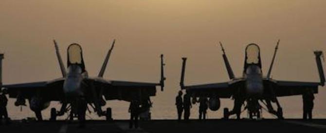 Tensione nei cieli, due caccia cinesi intercettano un aereo americano