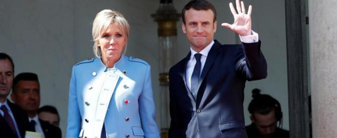 Macron racconta un mondo che non c'è: «La Francia non è in declino»