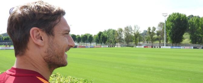 """""""Giallo"""" sull'annuncio di Totti: «Lunedì inizio una nuova sfida». Non smette?"""