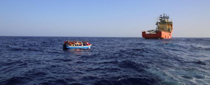 Immigrati, diktat Ue su Schengen: solo 6 mesi di controlli ai confini, poi stop