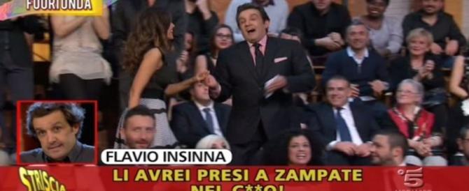 """Flavio Insinna choc nei fuori onda di """"Striscia"""": insulti ai concorrenti (video)"""