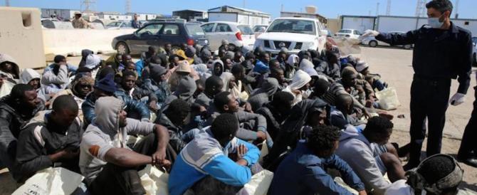 Gli immigrati vengono in Italia per non fare nulla: ecco un'altra prova
