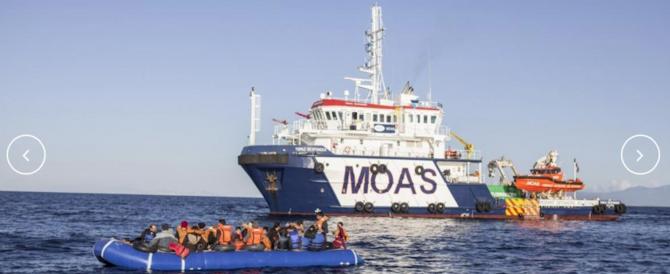 Migranti e Ong poco trasparenti: dietro la Moas un giallo internazionale