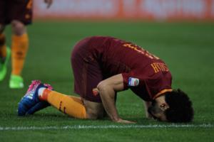 Salah prega rivolto alla Mecca dopo ogni goal segnato