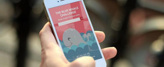 È psicosi Blue Whale: falsi allarmi su 2 ragazzi. Ecco 6 consigli per i genitori