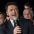 Renzi, incoronazione scontata: oltre il 70%. Ma per l'Italia è sempre notte