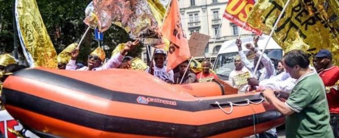 Marcia pro migranti, il web contro Sala e Gad Lerner: ecco cosa scrivono i milanesi