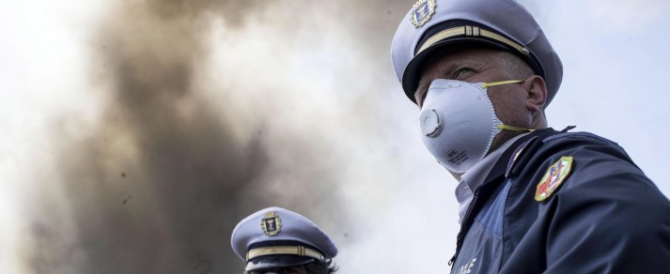 Nube a Pomezia, pericolo diossina. La Procura sequestra l'impianto Eco X