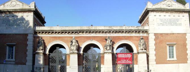 Roma, profanate 70 tombe al Verano tra cui alcune nel settore ebraico