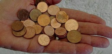 Addio alle monete da 1 e 2 centesimi. Lo prevede un emendamento alla manovra