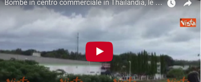 Due bombe in un centro commerciale in Thailandia: le immagini del rogo (video)