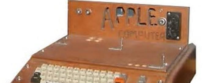 Diminuisce il prezzo di Apple I: venduto all'asta per soli 110mila euro