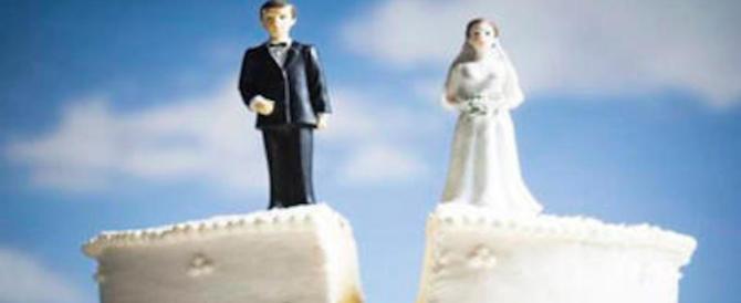 """Assegno di divorzio, la Cassazione cambia linea: scordatevi il """"tenore di vita""""…"""