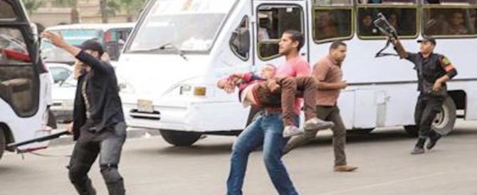 Egitto, strage sul bus, sparano contro i cristiani copti: 25 morti e 23 feriti