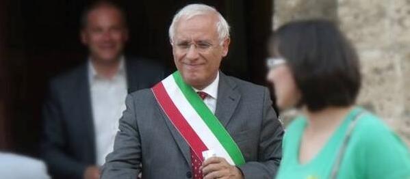 Terni, arrestati il sindaco Di Girolamo e il suo assessore, entrambi del Pd