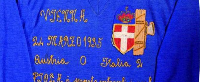 La Figc festeggia le mamme con una maglia fascista. E scoppia la bufera
