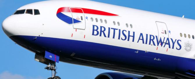 """Impazziscono i sistemi della """"British Airways"""": voli bloccati, ipotesi hackers"""