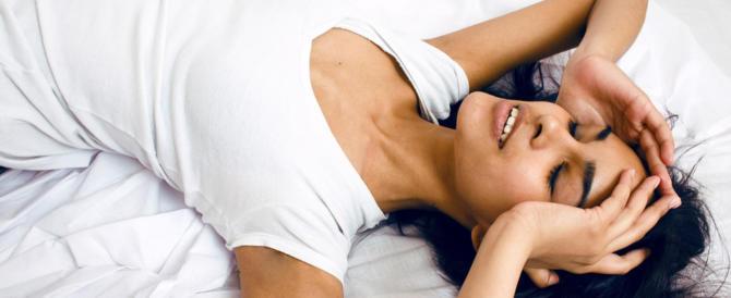 Chi dorme poco e male risulta meno attraente: parola di ricercatori…