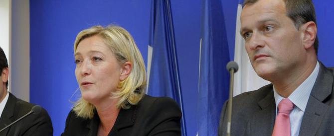 """Louis Aliot, """"il fantasma"""" che può portare Marine Le Pen alla vittoria"""