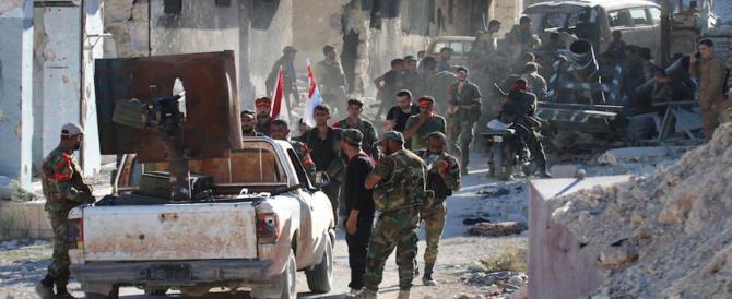 Siria, è resa dei conti: l'esercito strappa all'Is la base militare a est di Aleppo