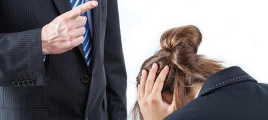 Bergamo, rientra dalla maternità e l'azienda la licenzia: è sciopero